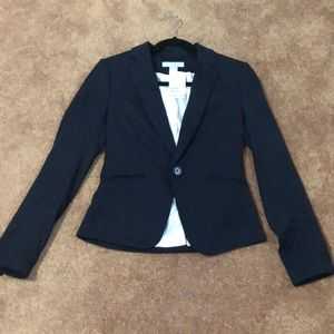 Blazer with tags. Never been worn. Size 4 from H&M